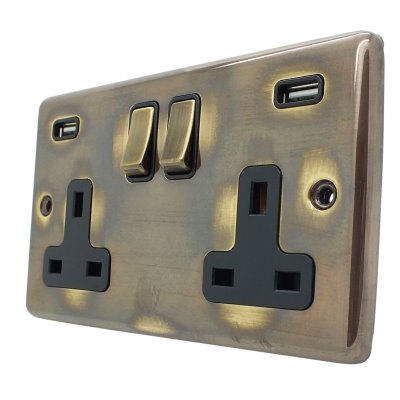 Timeless Aged Timeless Aged Socket with USB Socket